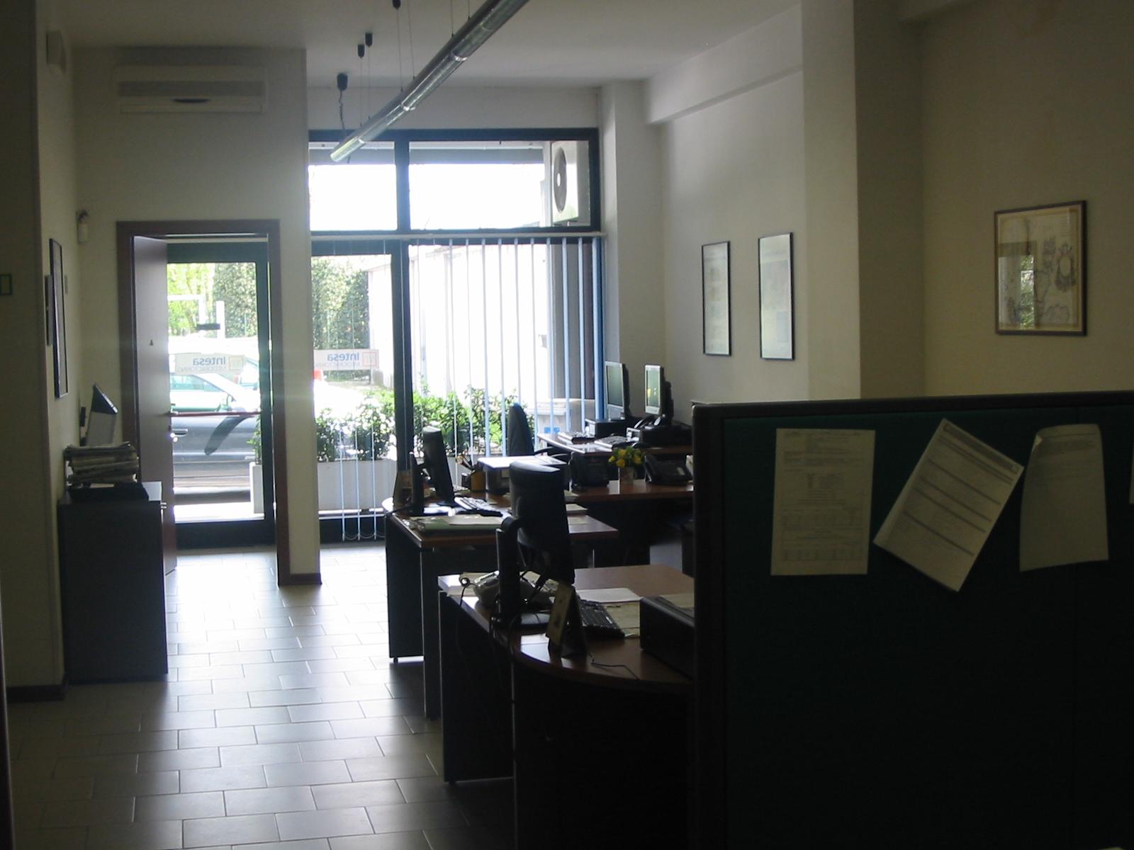 Affitto uffici a fabriano ancona for Affitto uffici bufalotta